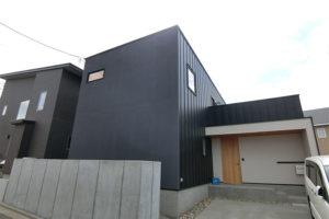住宅リフォーム後の外観