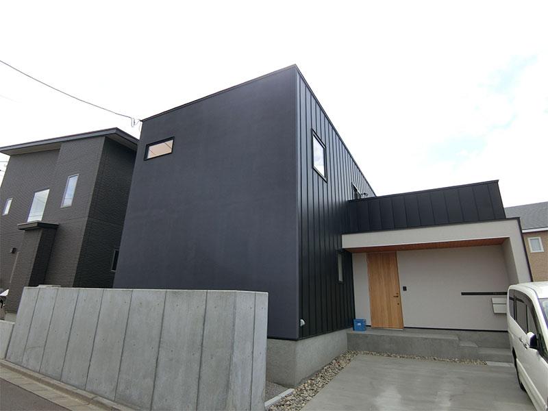完成した新築住宅の外観